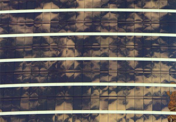 Wynn Hotel curtainwall dancing with the sunlight