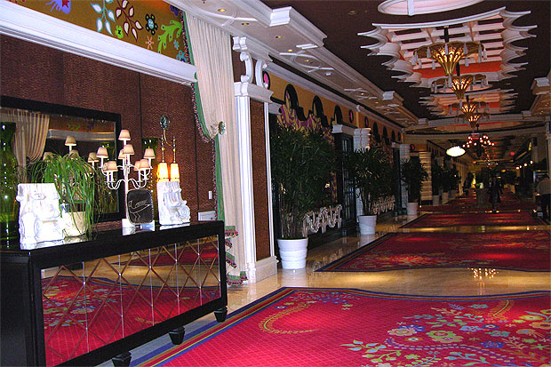 A stroll down any corridor at the Wynn Hotel yields surprises in decor and color.