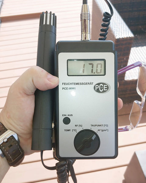 Device for measuring temperature, relative humidity and absolute humidity is used in some construction forensic investigations