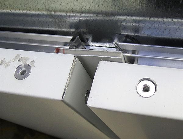 d4-composite-panel-seam.jpg