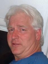 Phil Saineghi