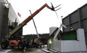 e05-set-rafter-crane.jpg
